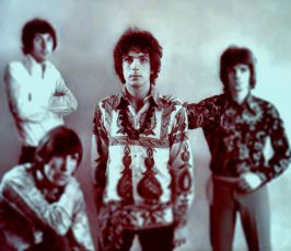 Pink Floyd: Nick Mason (vas.), Roger Waters, Syd Barrett ja Rick Wright.