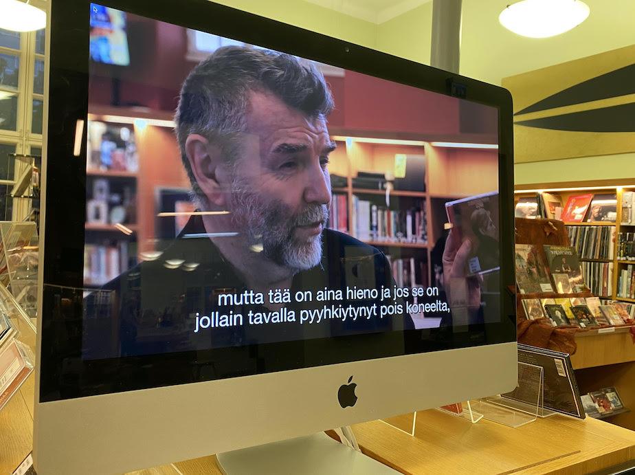 Videosarja Löytöretki musiikkiosastolla saatiin esille kirjastosaliin Turun musiikkikirjastoon 27.9.2020 alkaen.