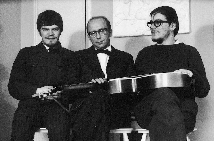 M.A. Numminen (vas.), Unto Mononen ja Pekka Gronow vuonna 1968. Kuva: Pekka Gronow.