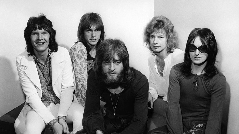 Yes: Chris Squire (vas.), Steve Howe, Tony Kaye, Bill Bruford ja Jon Anderson.