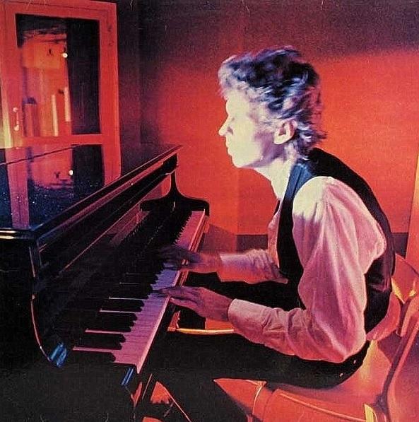 Dave Lindholm: Vanha & uusi romanssi (1979).