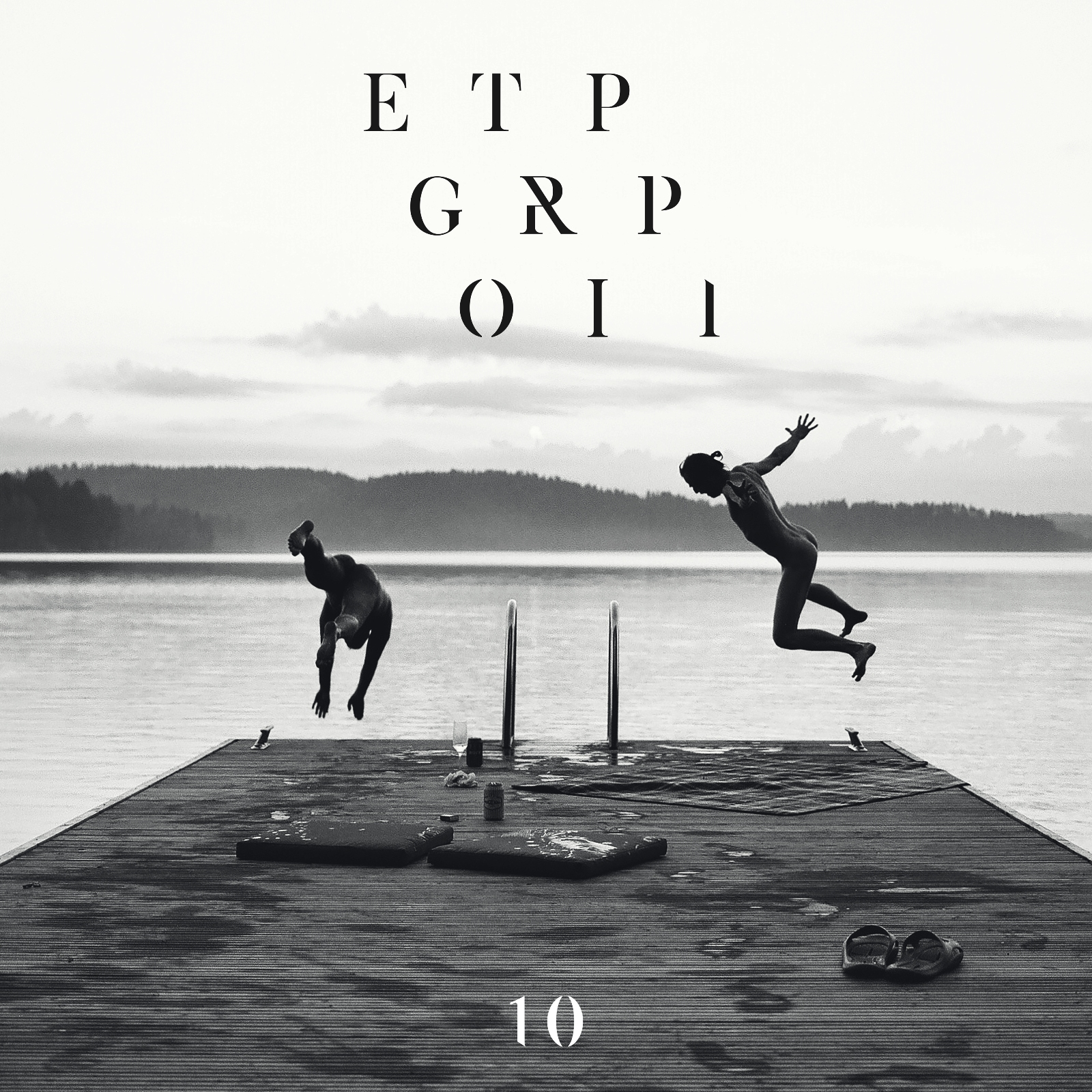 Egotrippi: 10 (2017).