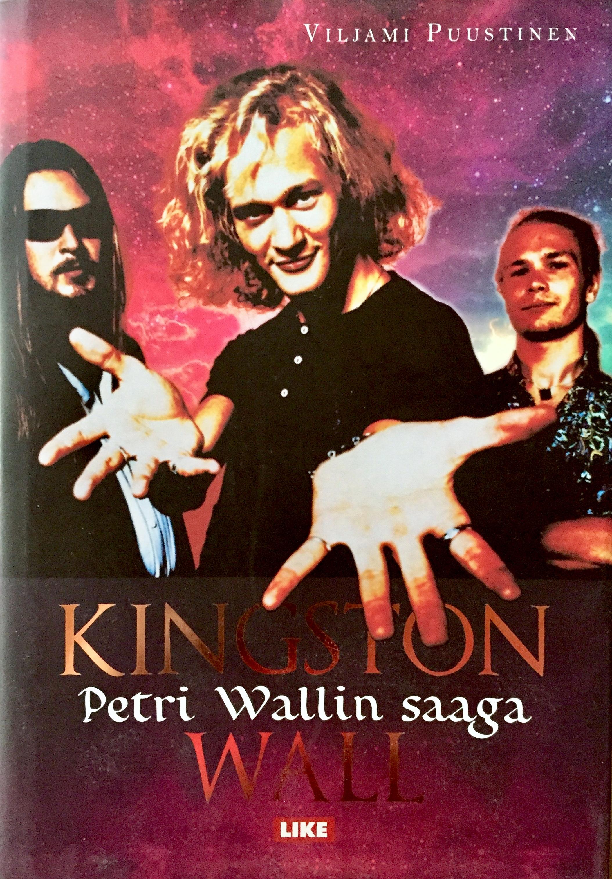 Viljami Puustisen kirja Kingston Wall – Petri Wallin saaga julkaistiin vuonna 2014.