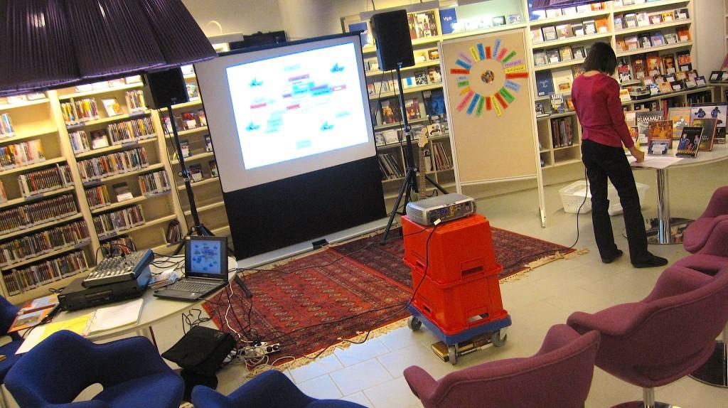 Syksyn musiikkivinkkaukset alkavat Metson musiikkiosastolla.