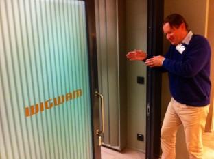 Ari-Pekka Lauhakari löytää Wigwamiin.