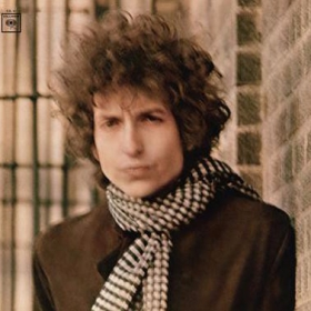 Jukka Uotilan kirjoitussarja Kaikkien aikojen pop-vuosi 1966 on edennyt kesäkuuhun. Sarjan kuudennessa osassa Bob Dylan: Blonde On Blonde aiheena on Dylanin kesällä -66 ilmestynyt legendaarinen tupla-albumi.