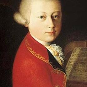 Rose Sirviön konserttikokemusten sarja jatkuu. Sirviö kirjoittaa HelMet Musiikin artikkelissa Terveisiä W. A. Mozartilta: 2. viulukonsertto  huhtikuisesta kokemuksestaan Espoon kulttuurikeskuksessa. Mozartin (1756–1791) toisen viulukonserton esittivät Tapiola Sinfonietta, solistinaan Anthony Marwood.