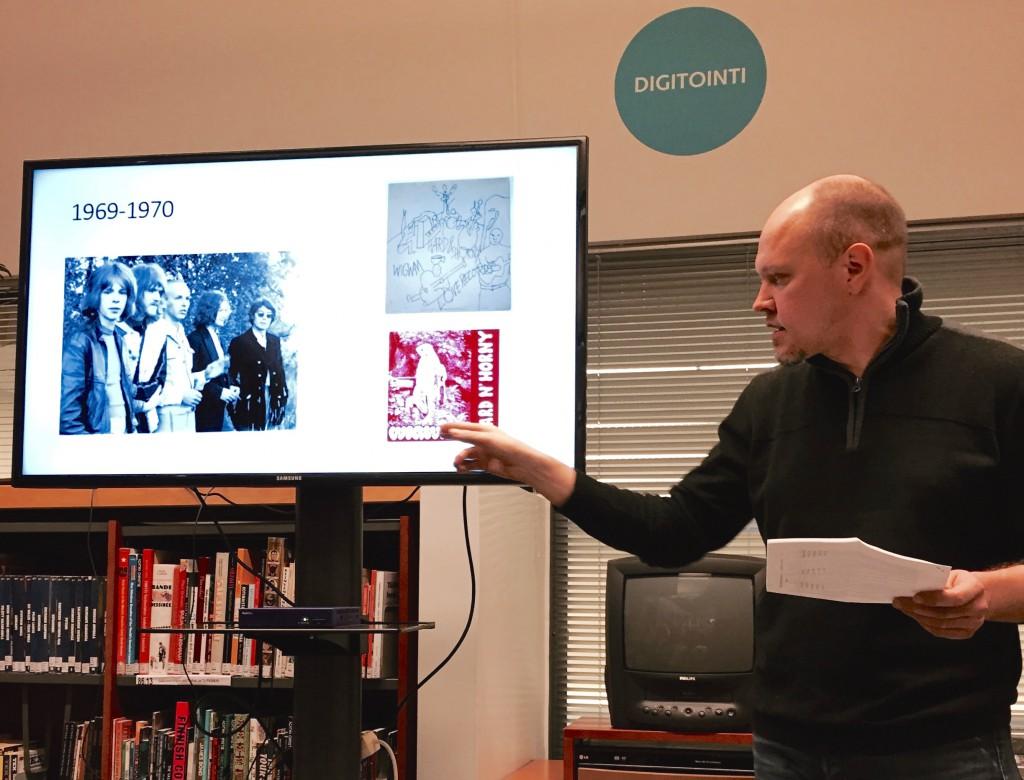 Mikko Meriläinen Raision kirjastossa 2. maaliskuuta 2015.